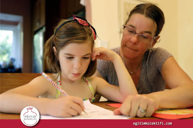 Kızımın Utangaçlığını Çözmeye Kendi Mükemmeliyetçi Tavırlarımdan Başladım!