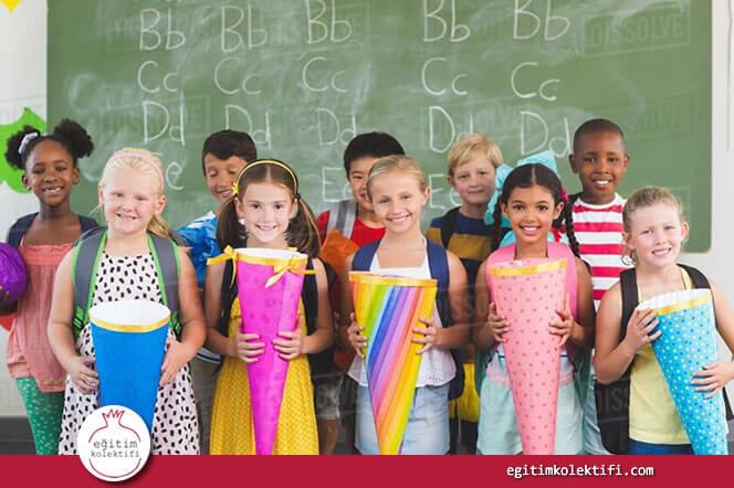 okula geç gönderilen çocukların özellikle dil becerisi ve matematik derslerinde kendilerinden erken başlayan öğrencilere göre daha başarılı olduğunu kanıtlıyor.