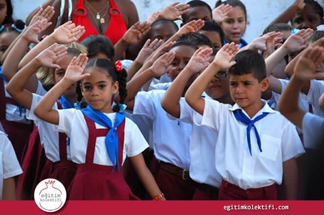 Bir başka Latin Amerika ülkesi Küba, pek çoklarına göre Latin Amerikanın en iyi eğitim sistemine sahip.