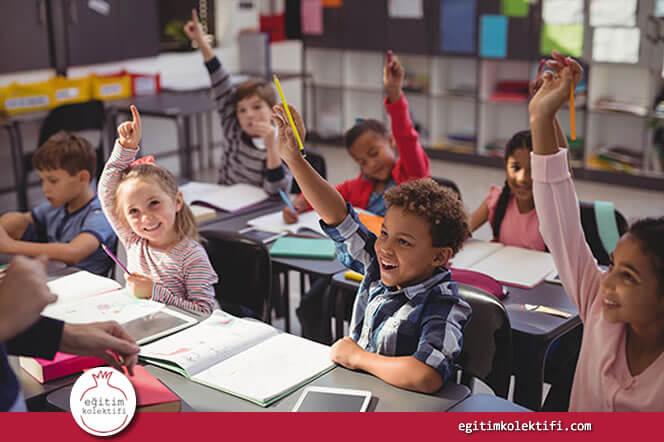 Öğretmenler yüksek akademik ve davranışsal beklentileri karşılamaları için bütün öğrencileriyle güçlü, olumlu ilişkiler kurmalıdır.