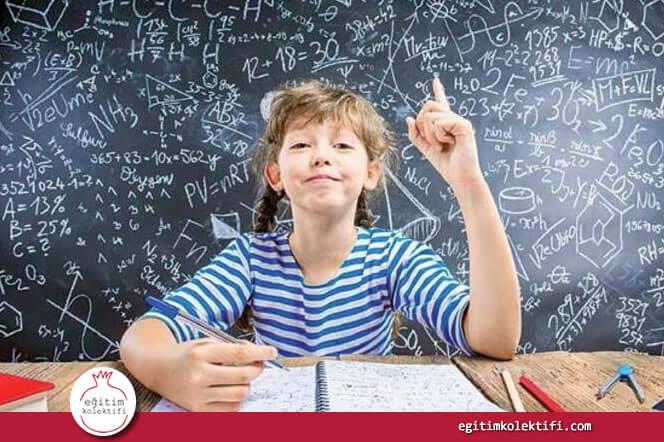 Kızların Sözel Derslerde Başarılı Olacağına İnanılıyor