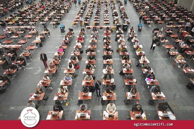Sınavlar aynı zamanda öğrencilerin geldiği ve gelecekte içine gireceği sosyo-ekonomik sınıfın da bir göstergesi.